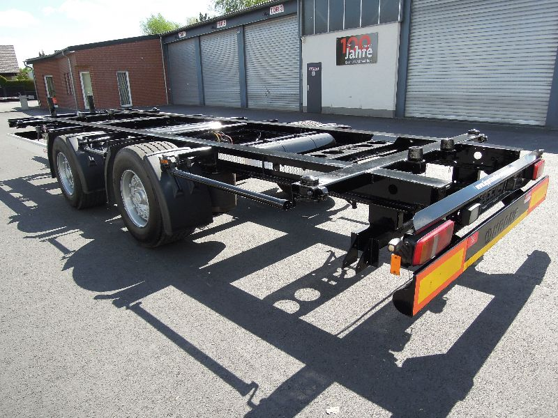 #16028 - Bild: 1 | central – axle trailer for Swap Bodies | BDF-System, Jumbo/Maxi Ausführung
