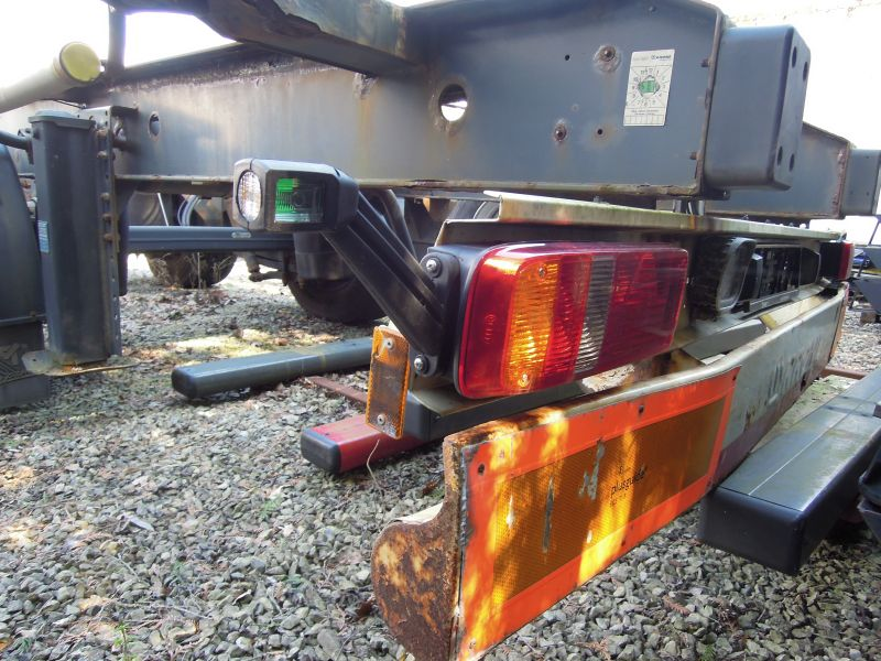 #17810 - Bild: 3 | central – axle trailer for Swap Bodies | BDF-System, Schenker-Version, tiefgekuppelt