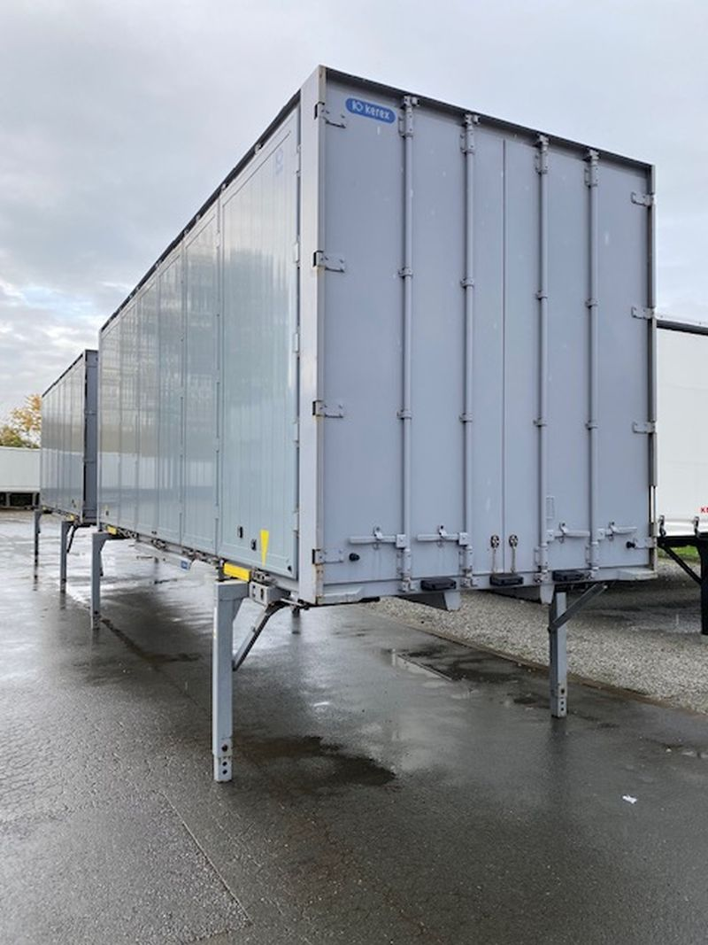 #19118 - Bild: 3 | Combi-Box (tarpaulin one side) | BDF-System 7.450 mm lang mit Faltwand links