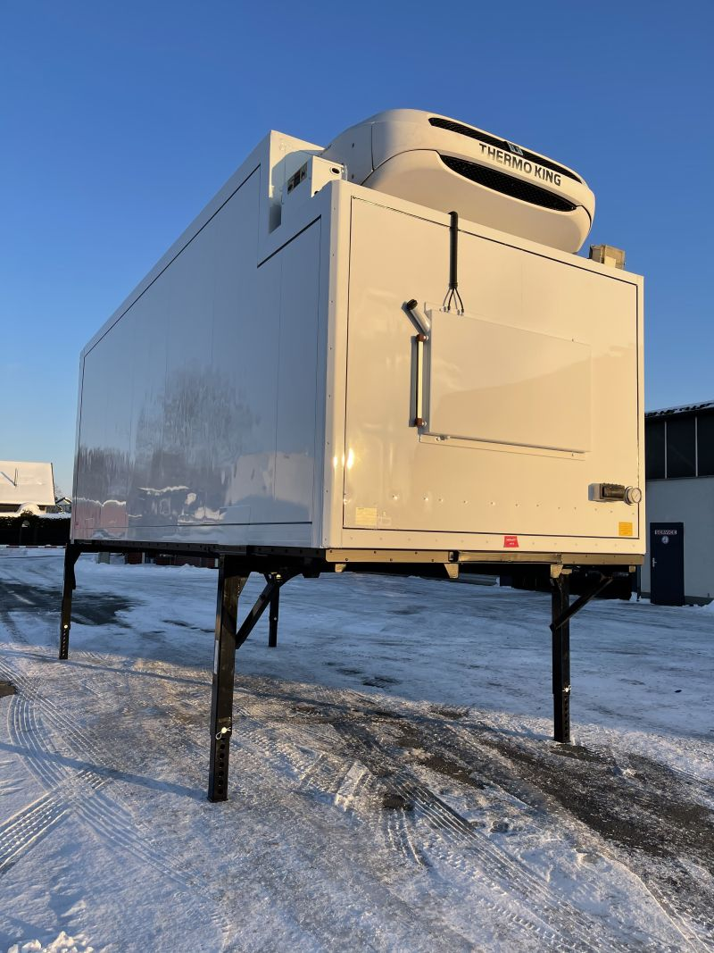 Tiefkühl – Wechselkoffer mit Kühlgerät | BDF-System 7.450 mm lang, LACK NEU!
